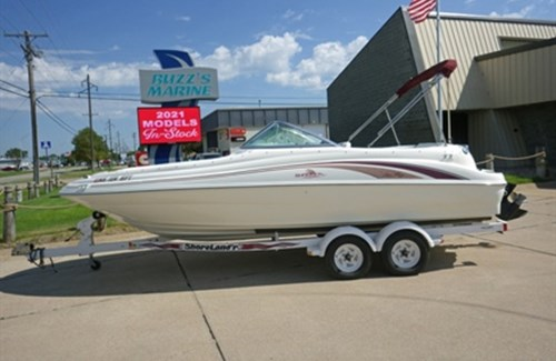Sea Ray 1998 210 Sundeck